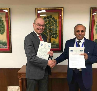 Signature d'accords de coopération avec les Indian Institute of Technology - IIT d'Indore et Madras